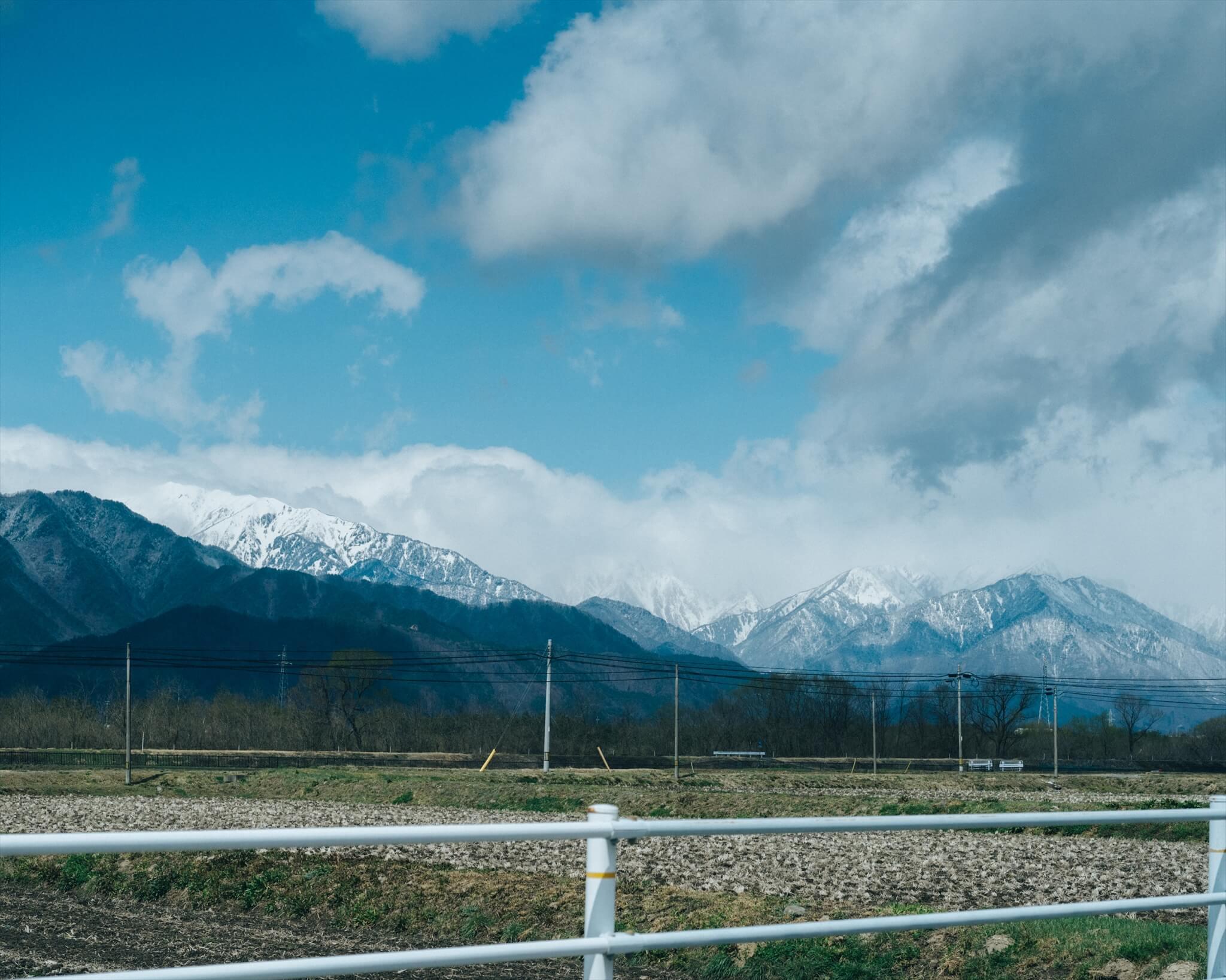取材道中。日本アルプスの雄大な景色