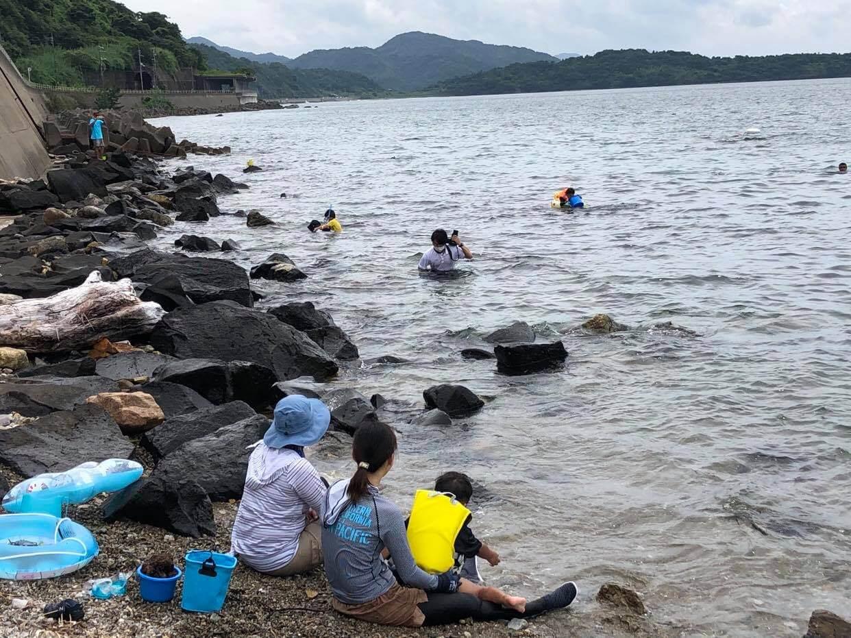 阿武町で行われた海士体験の様子。