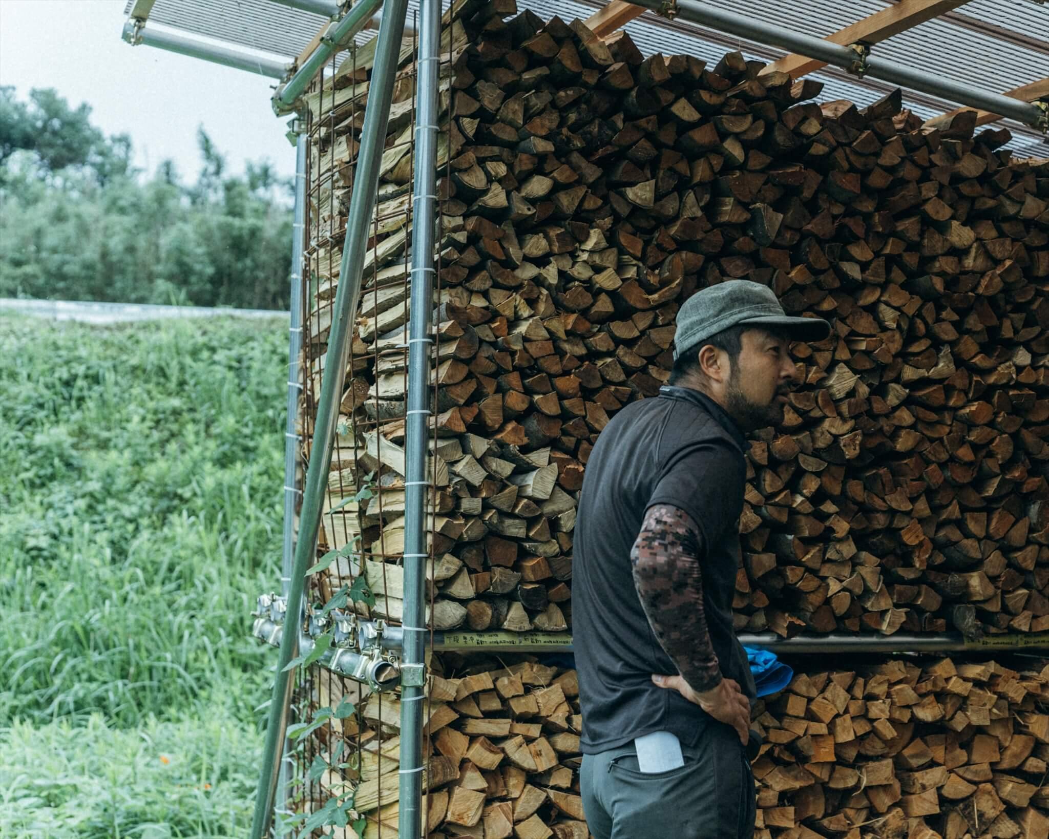阿武町の山にある広葉樹をキャンプフィールドの薪として活用していく計画