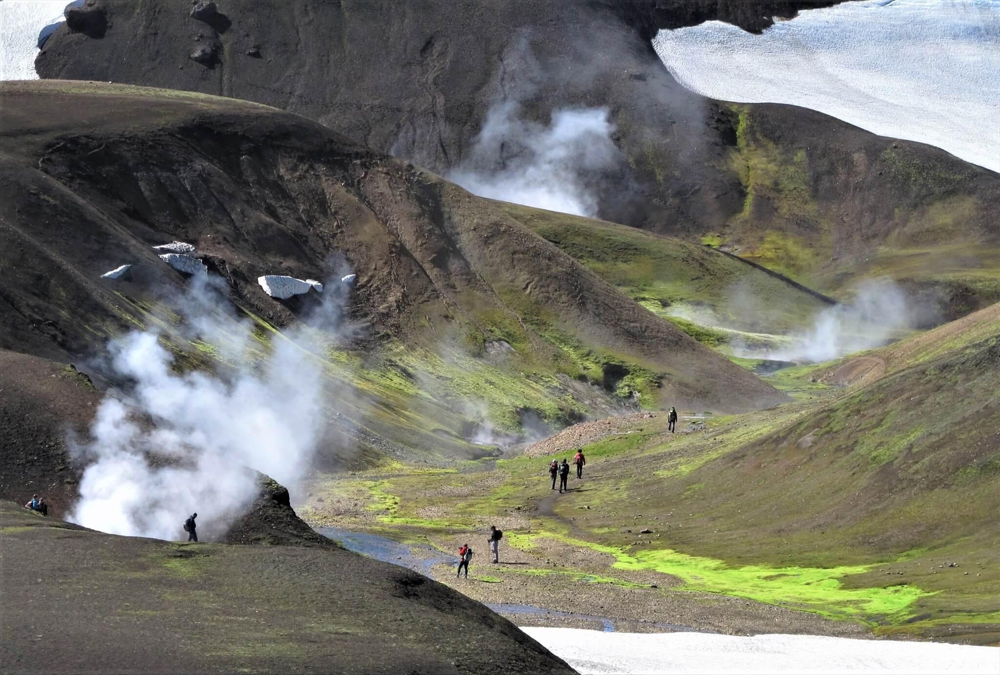 アイスランドの「ロイガヴェーグルトレイル」に広がる高原
